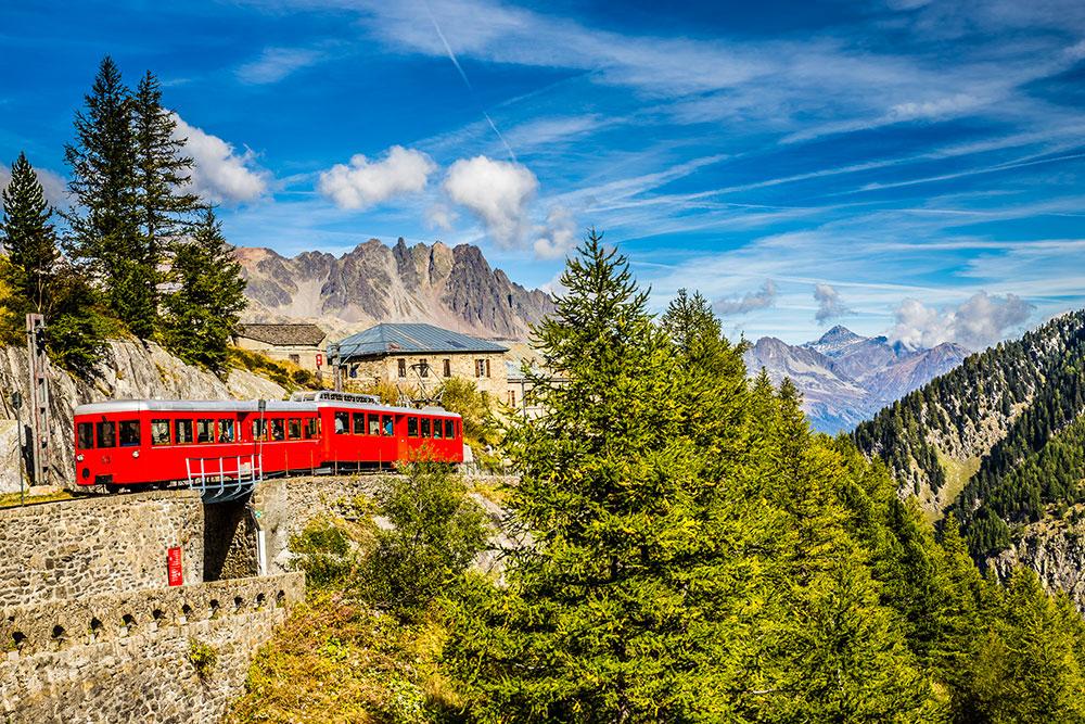 Le train de Montenvers : le fameux petit train à crémaillère